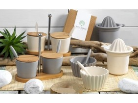 Bomboniere Eco Friendly Collezione MANDORLE GREEN: Set 2 Salsiere, Spremiagrumi, Set 4 Coppette
